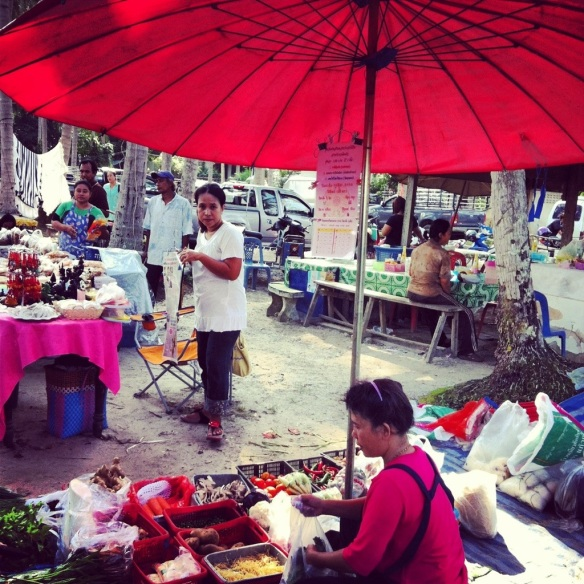 Khanom Wednesday Market! <3